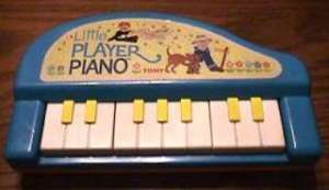 128705062_vintage-1985-tomy-little-player-preschool-toy-piano-ebay